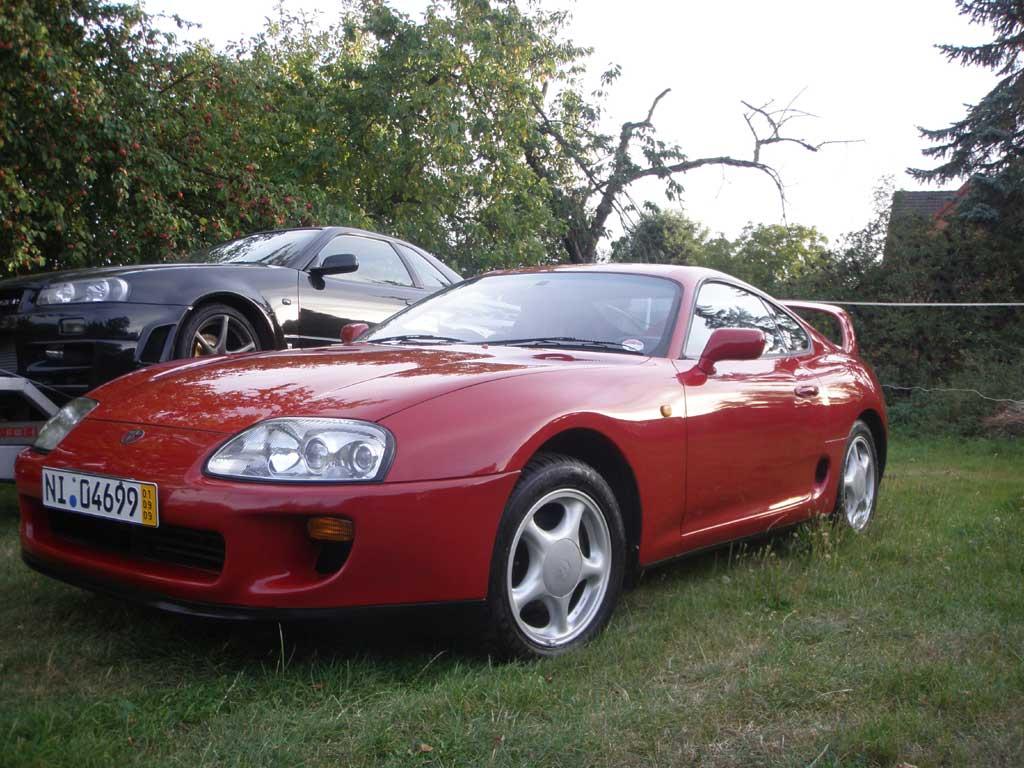 http://www.exotic-importz.de/bilder/supra_red_jspec_auto_engine/front.jpg