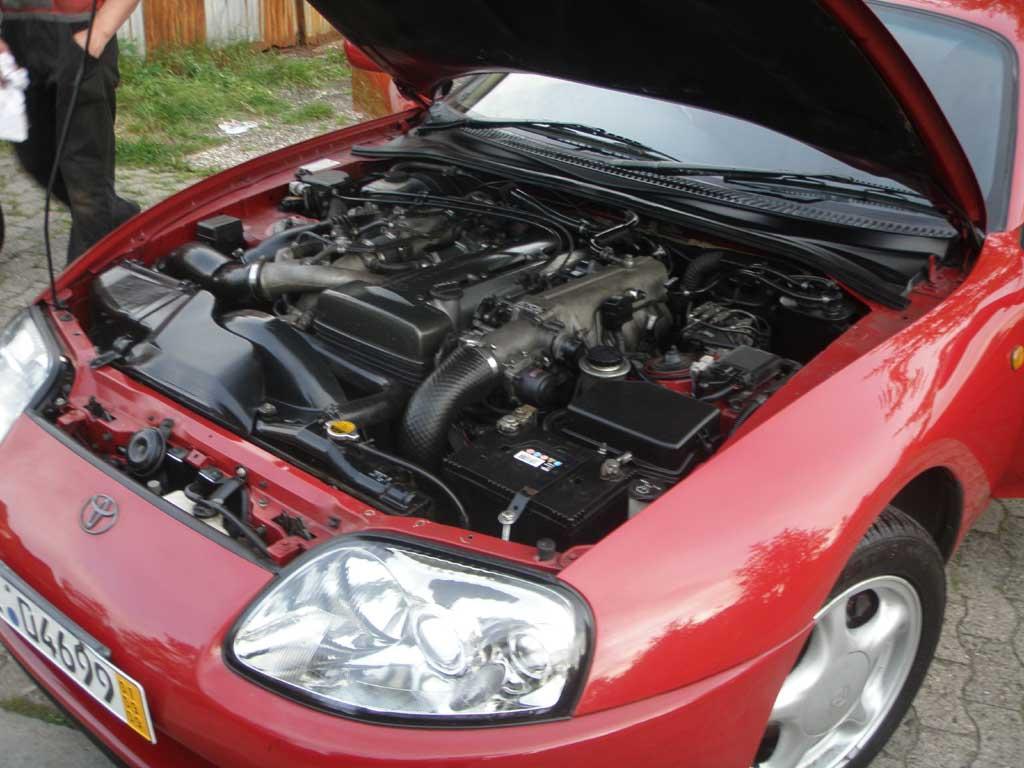http://www.exotic-importz.de/bilder/supra_red_jspec_auto_engine/motor2.jpg